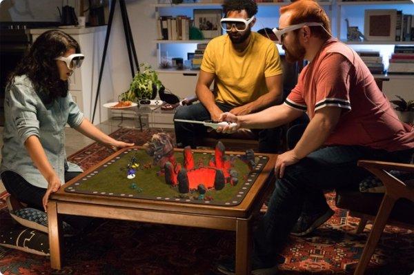 画像1: ARボードゲーム「Tilt Five LE Kit」 (1)